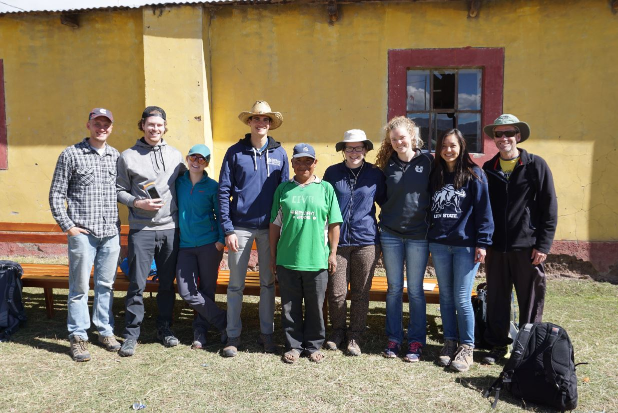 Utah State University Engineers Without Borders Students use Juniper Systems' Archer 2 to Identify Dangerous Arsenic Levels in Peru