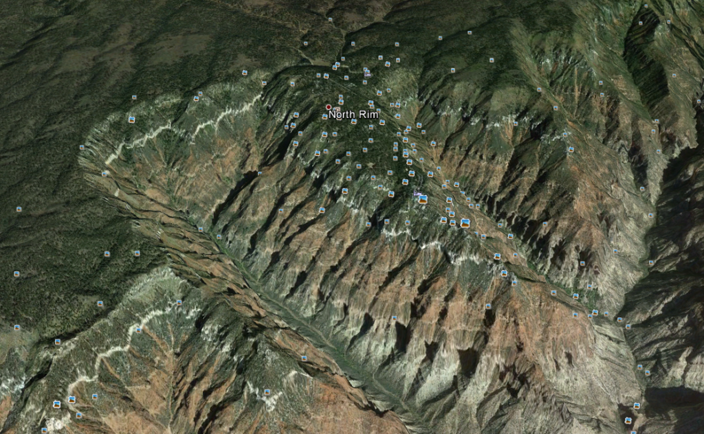 An image of the Grand Canyon in Google Earth. Check out all those geotagged photos!
