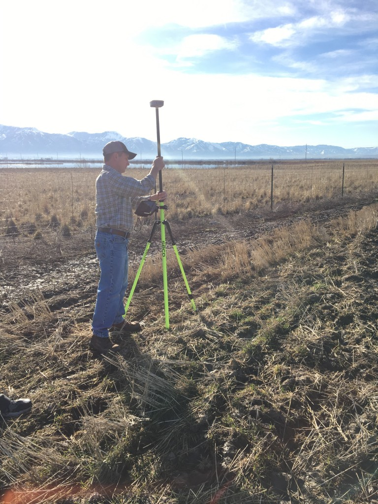 The Geode mounted and being used for mapping in the field.