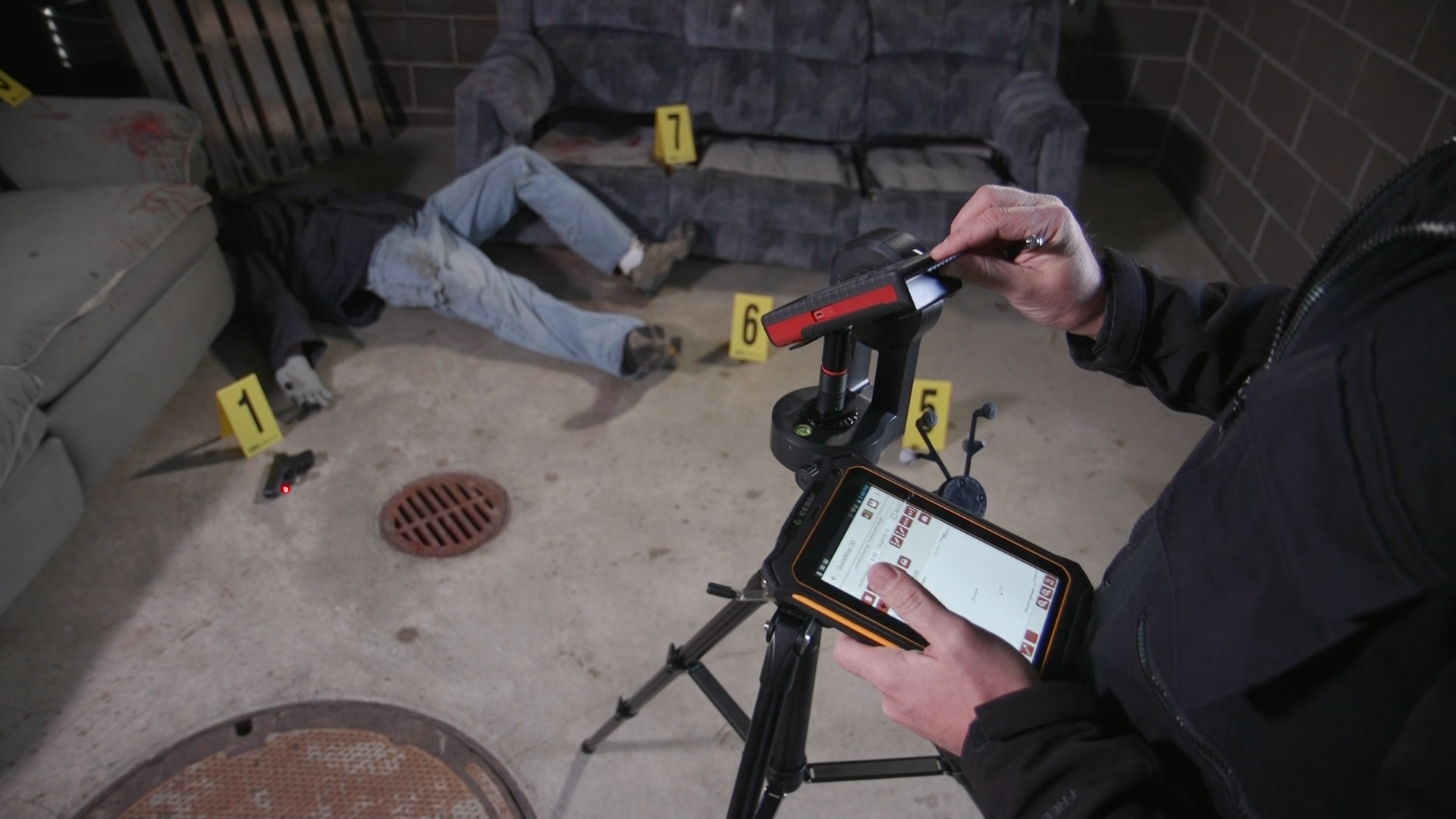 The CT7G Rugged Tablet combines with QuickMap® 3D to create a crime scene and crash mapping powerhouse