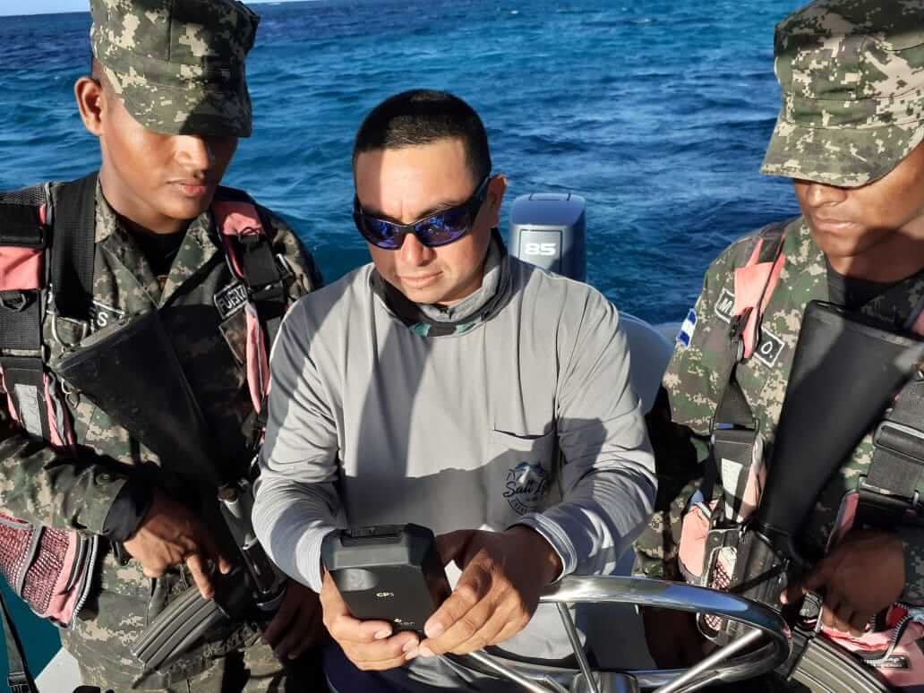 CP3 Rugged Smartphone in use at Roatan Marine Park