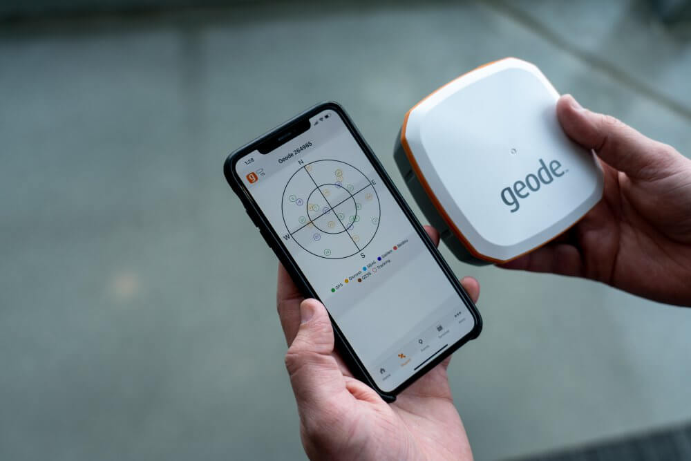 Connect the Geode real-time sub-meter GPS to Windows, Android, and iOS devices quickly.