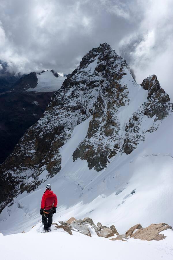 American and Myanmar climbers summiting Gamlang Razi